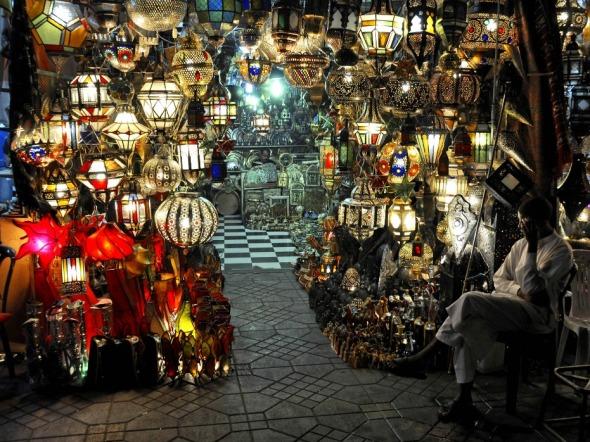 Lamp-seller-931