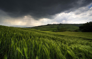 nature-pictures-dark-clouds-rain-nautre-pictures